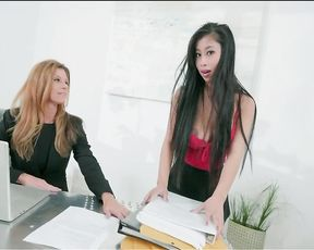 Dude needs his girlfriend bad but her boss won't let her go before shift's over
