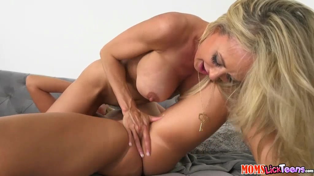 Sex with road worker leggy lana