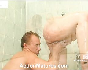 Mature bitch loves herself a hard fucking in the shower from her stepson
