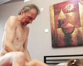 Slut loves fucking this old dude in the shower until he cums on her face