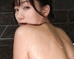 Superb naked Japanese girl in solo tight pussy scene under shower