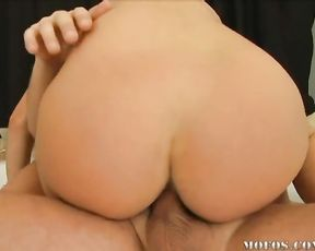 Unsatisfied blonde girlfriend gives a terrific cock ride in the shower
