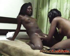 Amateur black lesbian arranged naked lesbian rendezvous in hotel room