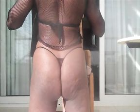 Black girl gags on naked white penis until it is time for doggystyle