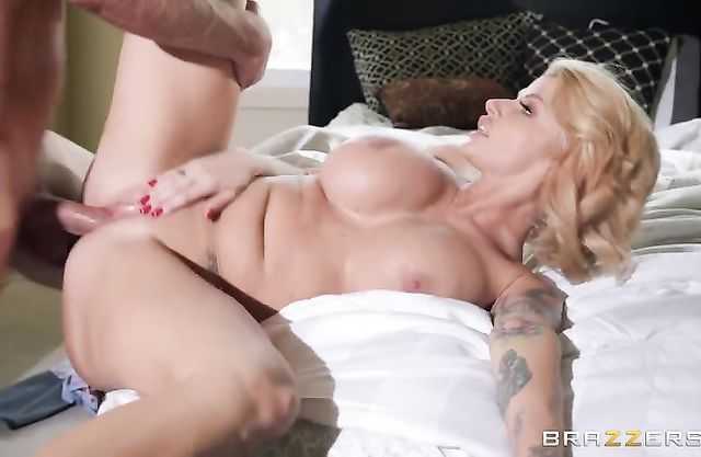 Busty naked stepmom gets her pussy drilled