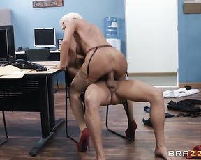Sexy naked girl gets fucked on the chair in the office