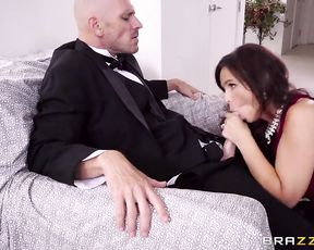 Cock sticking out of pants makes maid want to see it naked and suck
