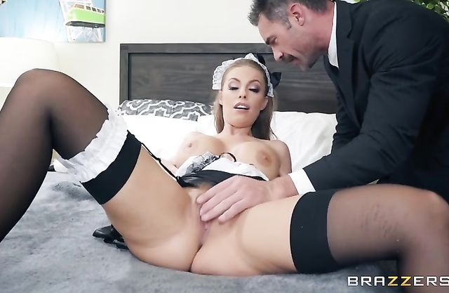 Sexually unsatisfied man licks maid's naked pussy and it's awesome