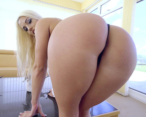 Platinum blonde maid likes to clean the house when her butt is naked
