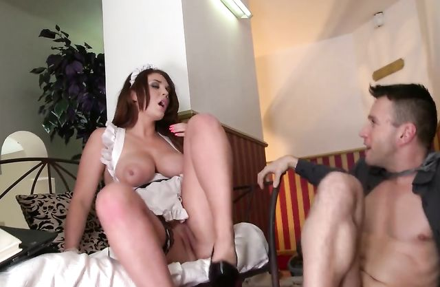 Luxurious maid entered employer's bedroom and got a naked lesson of fucking
