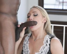 Blonde pin up maid wraps lips around naked black tool and sucks it