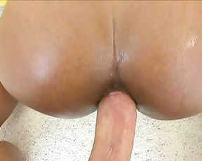 Naked Ebony girl of loose morals craves for anal sex with white boy