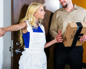 Naked eye horniness makes delivery boy do filthy things with girl