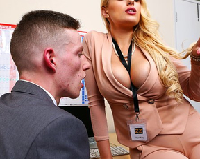 Young employee is a virgin and smoking-hot girl has naked sex with him