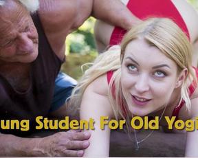 Slim blonde girl let old yoga teacher penetrate naked pussy outdoors