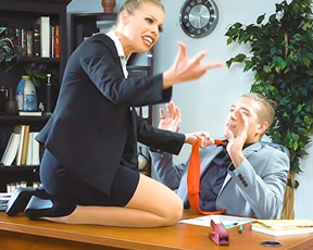 Naked secretary gets on boss' table so manager has to nail girl