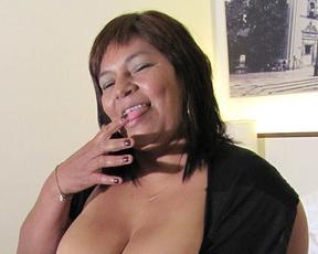Naked temptress is old but still loves masturbating with vibrators