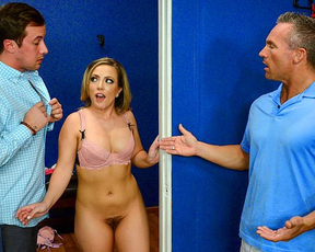 Tricky salesman sneaks in changing room to satisfy client's naked girl