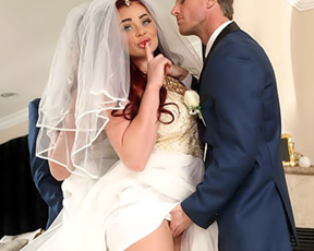 Hole of naked bride in strong need of penis and she gets humped by best man