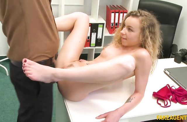 Agent doesn't take off clothes while drilling naked girl in office