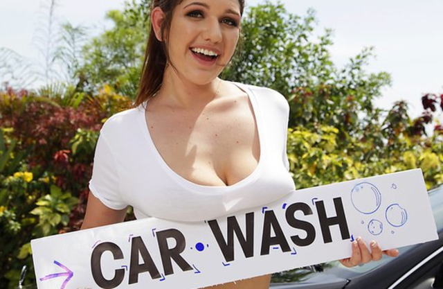 Special car wash from curvy girl also includes naked sex marathon