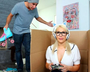 Only naked sex could really distract girl from playing video games