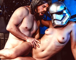 Horny warrior makes love with naked clone trooper inside spaceship