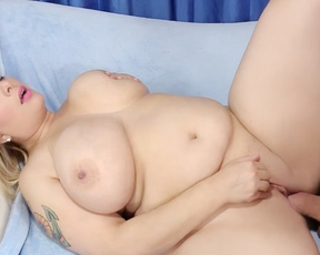 Tattooed big diva with wonderful naked boobs can't say no to fucker
