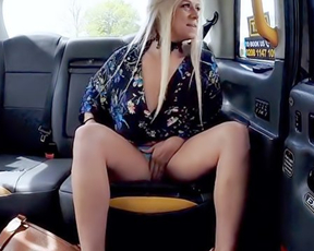 Hungry blonde gets naked in the backseat till driver stops and fucks her