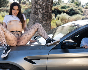 Slutty brunette fucks another guy after her boyfriend leaves her on the road