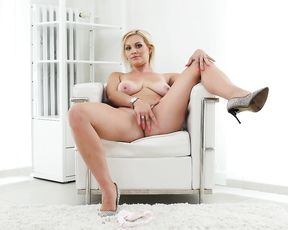 Naked blonde girl with big boobs masturbates and will make you cum quick
