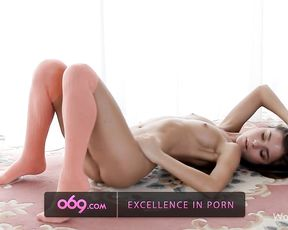 Young amateur in sensual nude scenes when undulating her perfect forms