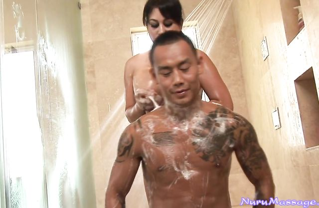 Mature naked babe gets fucked in the shower by a photographer