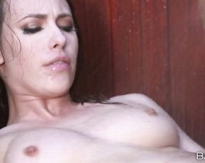 Bitch showering starts screaming when she gets a hard cock in her pussy