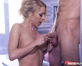 Helpful girlfriend gives an oral job in the shower and gets tits fucked