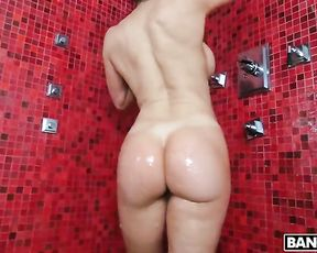 Mind blowing solo scenes with a naked mature showering her tight pussy