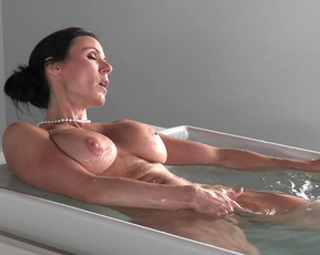 Naked milf goddess in pure scenes of nudity during an erotic solo play