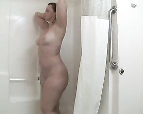BBW chick with a big fat ass soaps and foams her awesome body in the shower